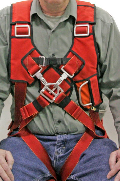 man in red AEROBATIC CROSS-OVER HARNESS